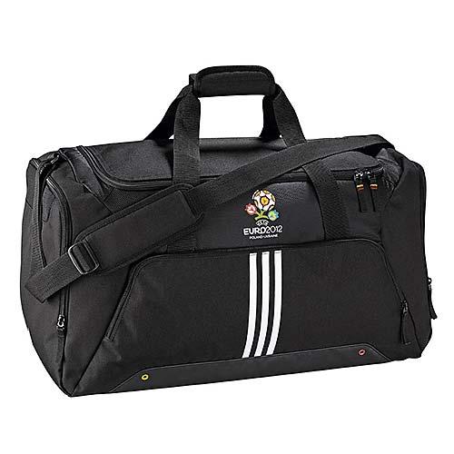 Спортивная сумка Adidas с офицыальной емблемой EURO...  Плохо.